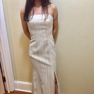 Kay Unger sz 4 gold/cream strapless textured gown